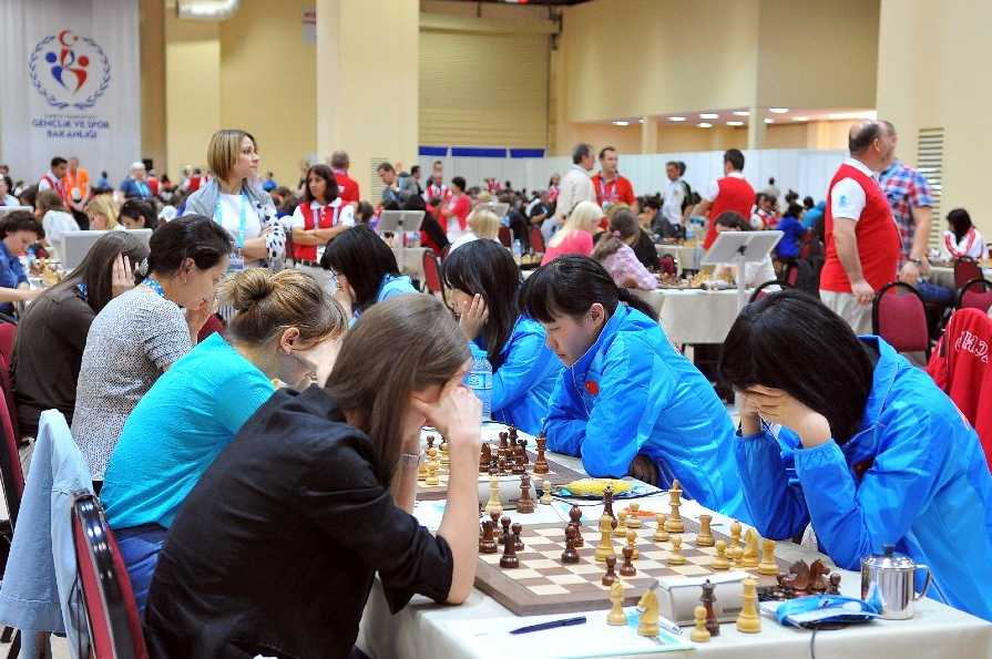 2012 Chess Olympiad Round 6 by Arman Karakhayan ©
