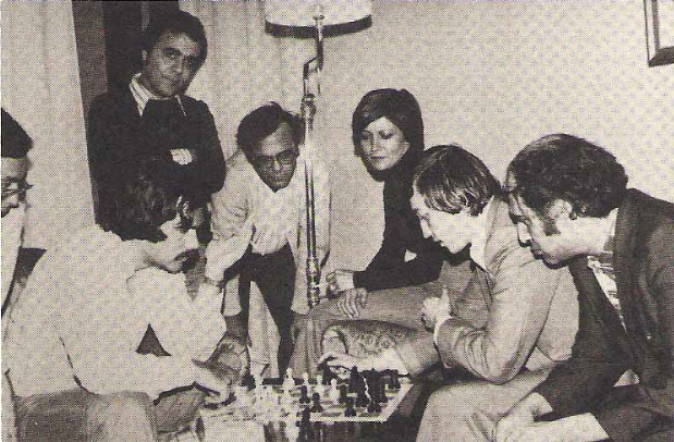 Walter Browne (l) and Karpov (r) , Game Analysis, Las Palmas 1977