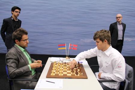 Aronian vs. Carlsen, 2013 Tata Steel Chess Tournament, Photo Courtesy Official Website www.tatasteelchess.com