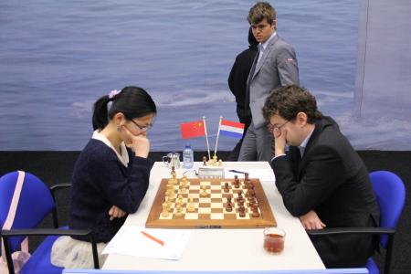 Hou vs. l'Ami, 2013 Tata Steel Chess Tournament, Day3, Photo Courtesy Official Website www.tatasteelchess.com